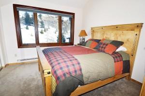 Steamboat_Bedroom_1
