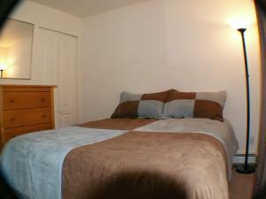 QR3356_Bedroom_2